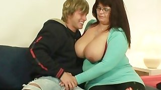 He picks up and bangs old fat pussy